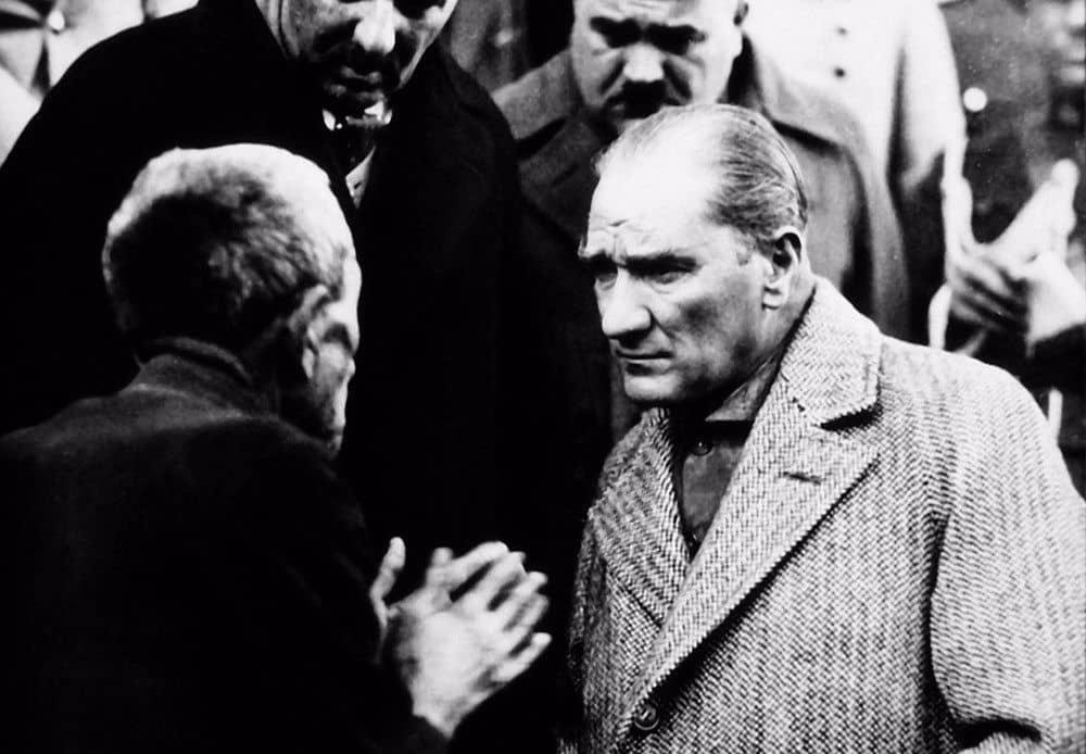 Atatürk ve 10 Kasım